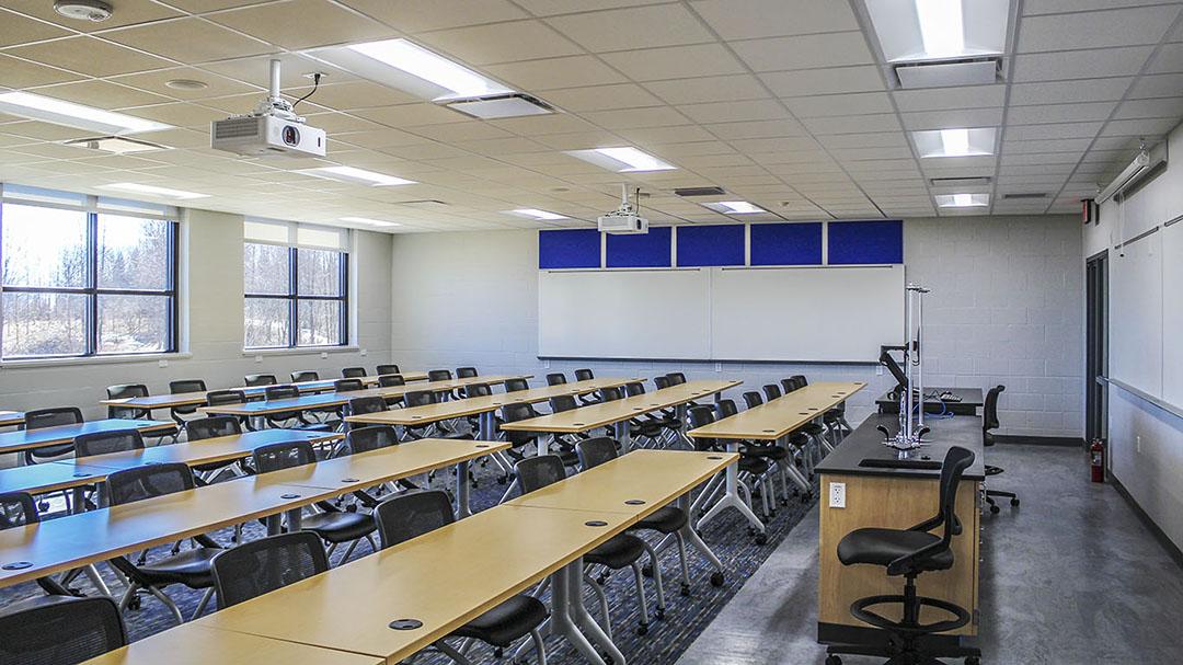 UW - Manitowoc Classroom